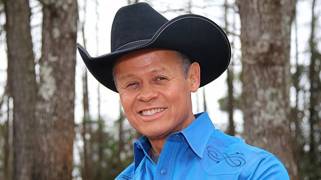 Country fan-favorite Neal McCoy
