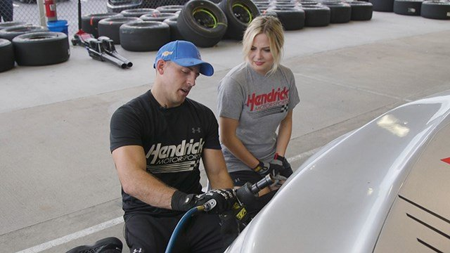 Madison hangs out with the team at Hendric Motorsports.