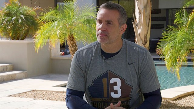 Madison hangs out with the Phoenix Cardinals football team, highlighted by an interview with NFL legend Kurt Warner.