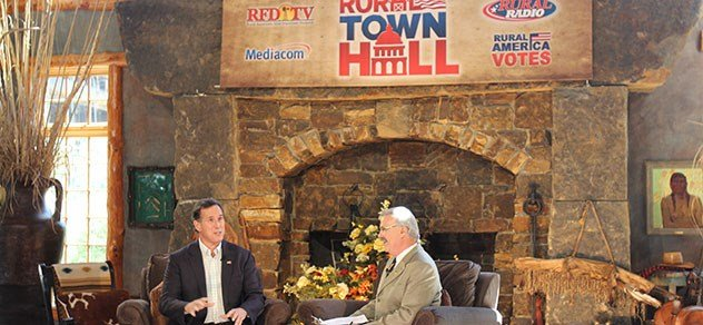 Rick Santorum on the set of RURAL TOWN HALL.