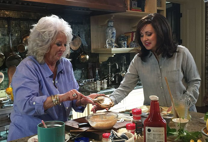 Paula Deen and her friend Sandy prepare a simple Southern picnic for two.