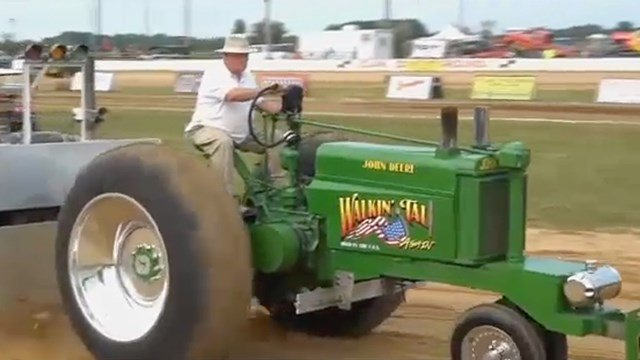 Trick My Tractor: Vintage Tractor Pulling Nationals