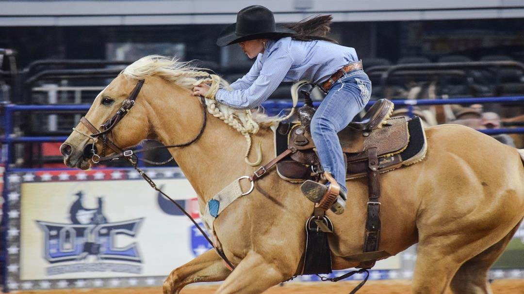 Hailey Kinsel And Sister Win Cnfr And Advance To The